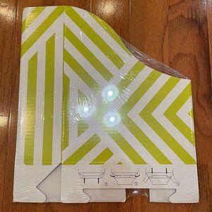 Magazine Cardboard Organizer Green White 4 NIP